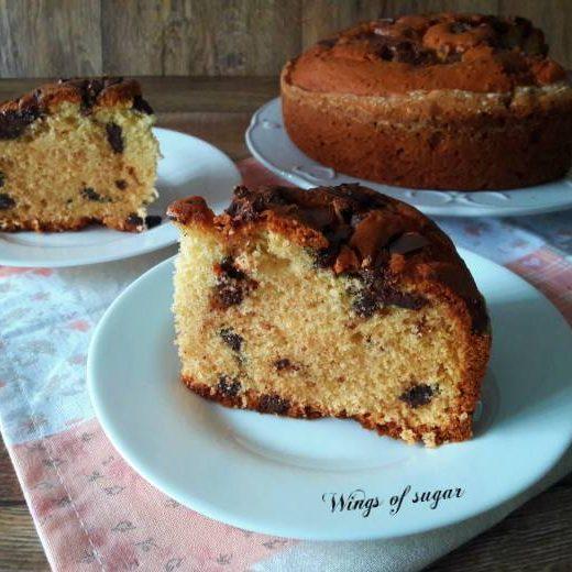 Torta con pezzetti di cioccolato - Wings of sugar blog