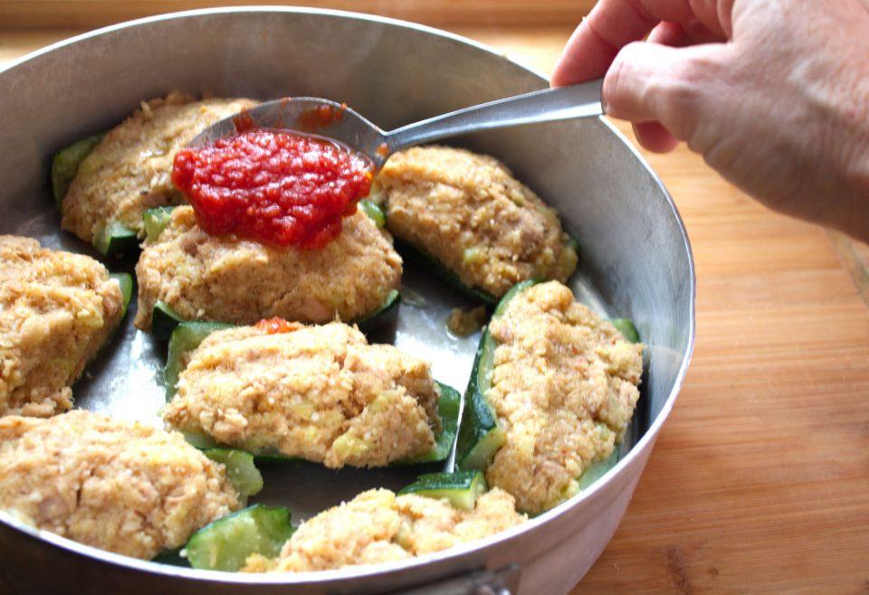 Zucchine Ripiene Tonno Ricetta Della Nonna.Zucchine Ripiene Di Tonno Di Nonna Maria Oggi Cucina Rosanna