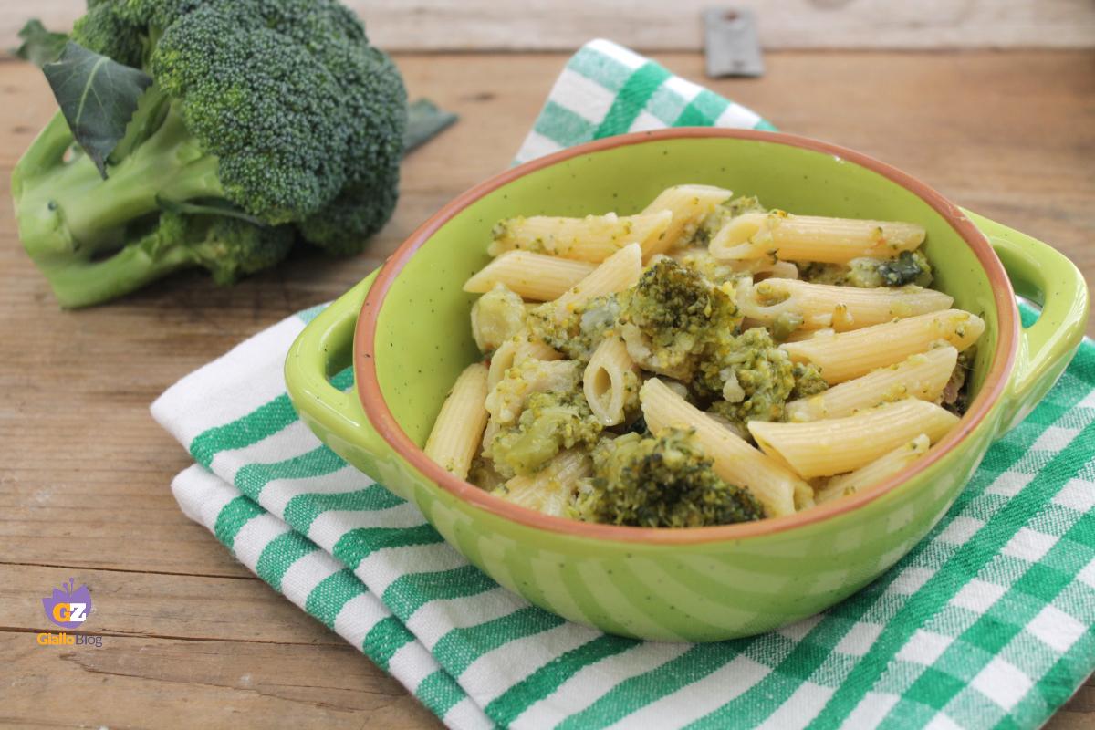 pasta broccoli e acciughe