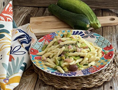 Trofie con zucchina pancetta e olive -ricetta facile e veloce-