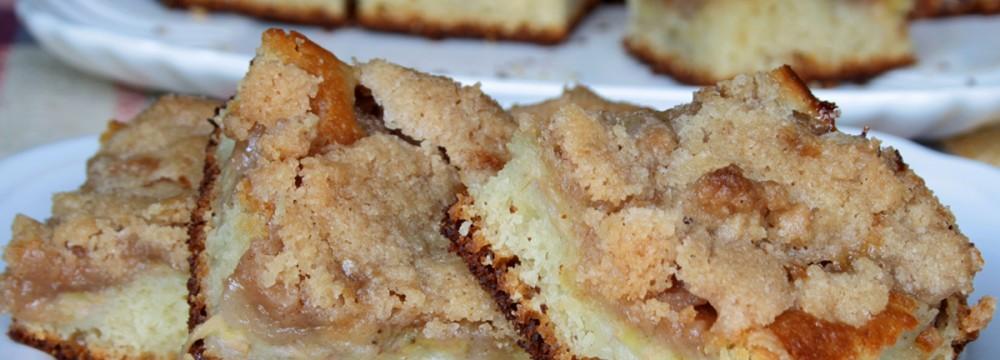 Pan dolce farcito con banana (Cuca de banana)