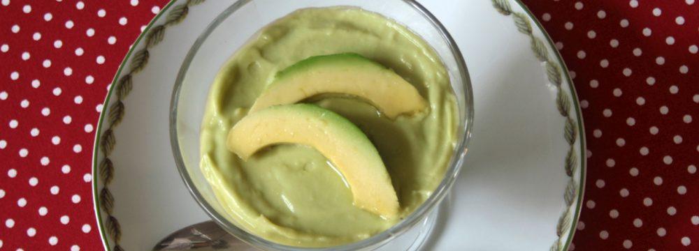 Crema dolce di avocado (Creme de abacate)