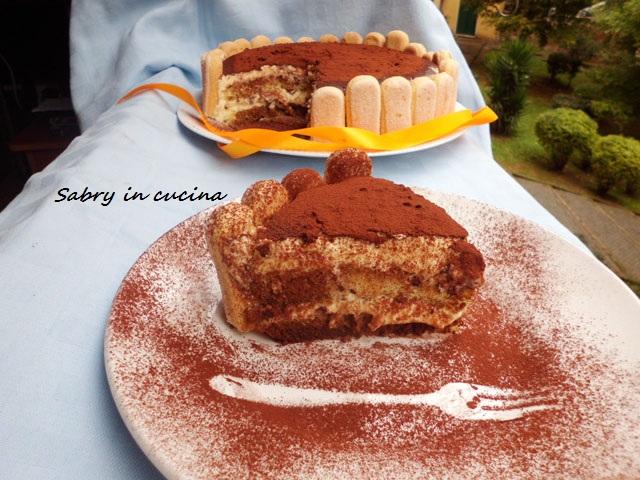torta tiramisu fetta sabry in cucina