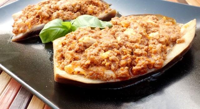 melanzane ripiene carne mozzarella