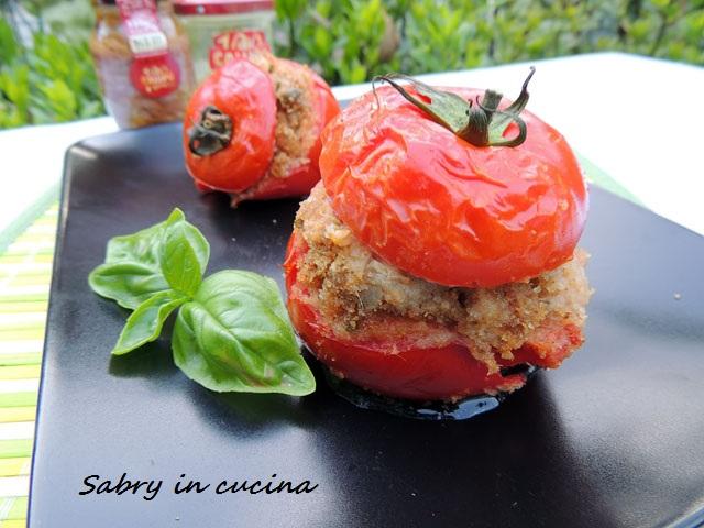 pomodori ripieni forno