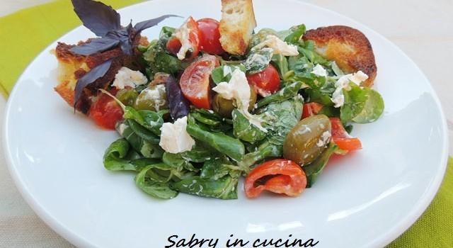 Insalata formaggio e olive