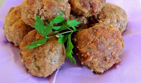 polpette fritte di carne e verdure