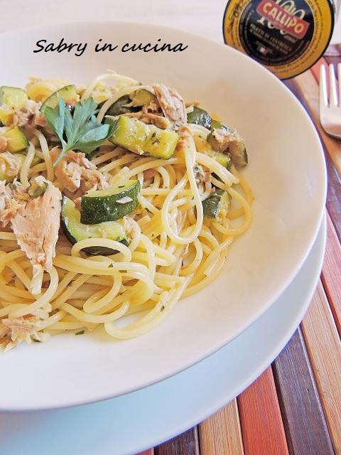spaghetti tonno e zucchine