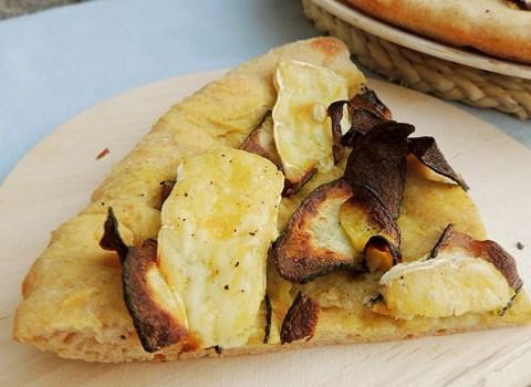 pizza zucchine fritte e brie