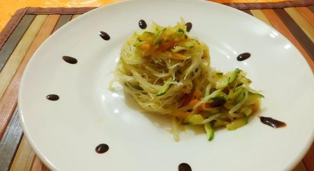 spaghetti saltati alle verdure