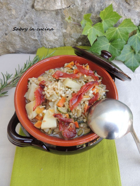 zuppa di riso al prosciutto croccante