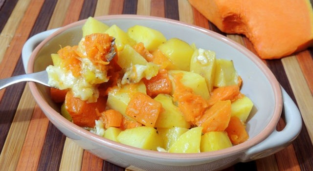 zucca patate e scamorza al forno