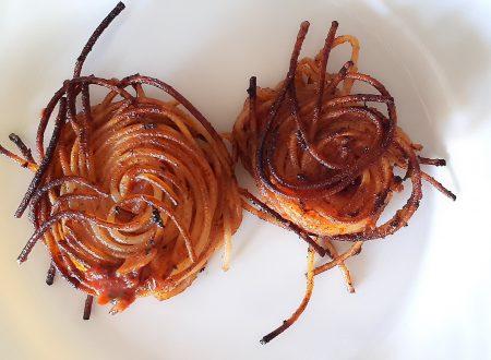Nidi di Spaghetti al Pesto Rosso – Ricetta Facile e Veloce