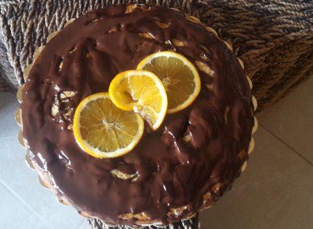 Torta all'arancia con glassa morbida al cioccolato