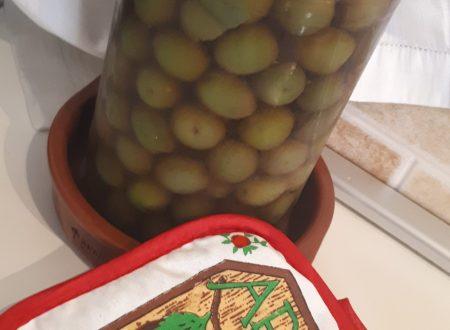 Olive in salamoia – Ricetta della conservazione