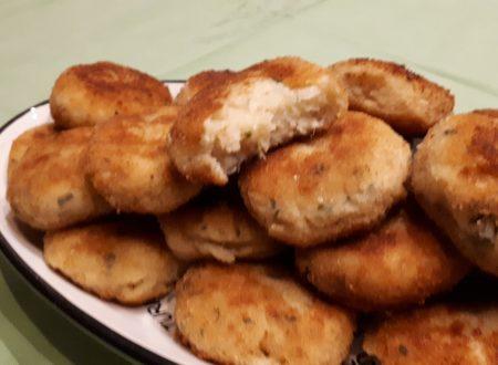 Polpette di tonno e patate fritte o al forno