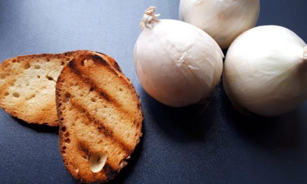 Salsa di cipolle bianche – Ricetta Facile