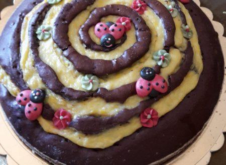 Torta girella con crema e cioccolato