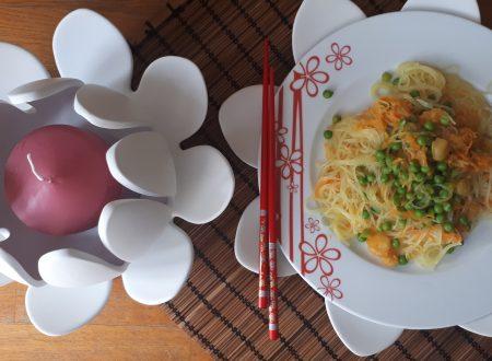 Noodles con gamberetti e verdure – Spaghetti cinesi