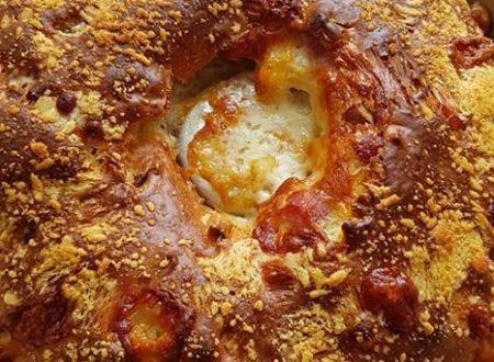 Ciambellone salato rustico con salumi e formaggi
