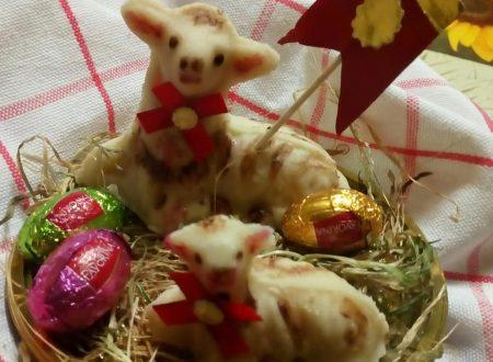 Pecorelle di Pasqua di pasta di mandorle