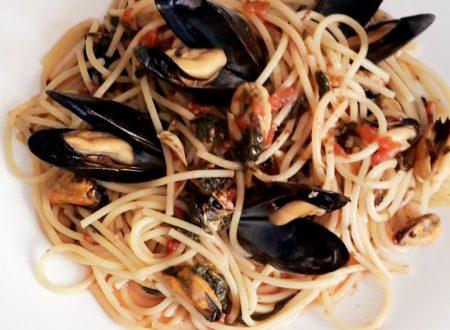 Spaghetti Cozze e Tenerumi – Ricetta siciliana