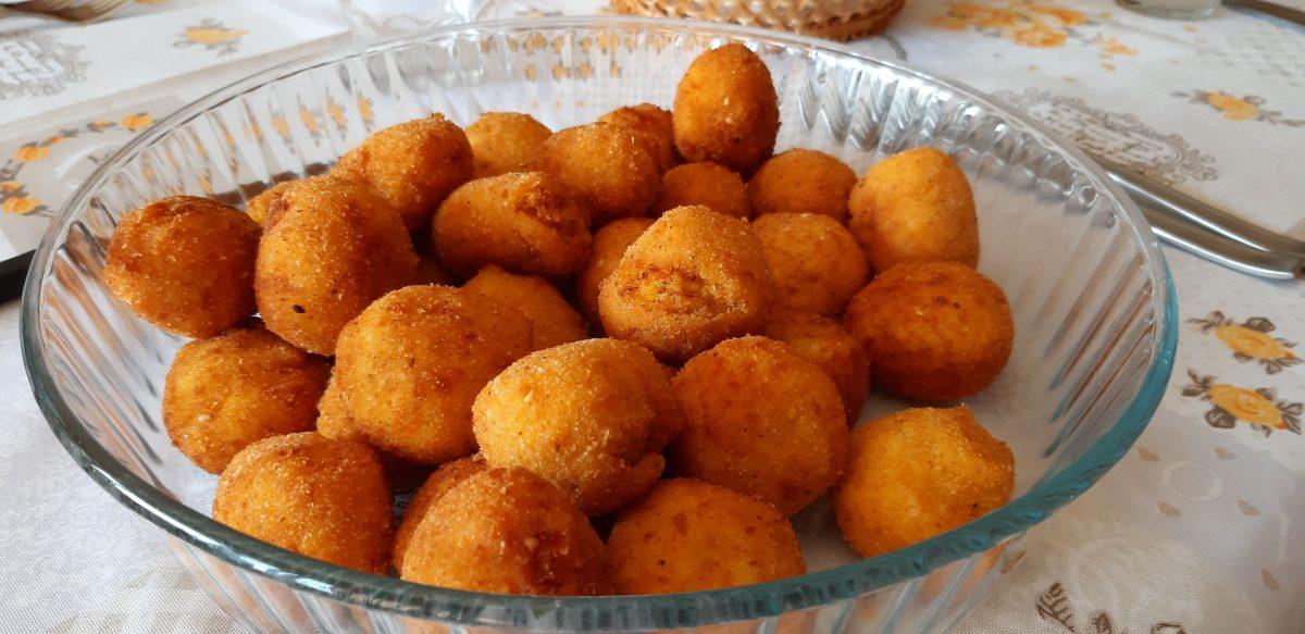 Polpette di zucca patate e provolone