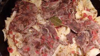 Carne alla pizzaiola in padella