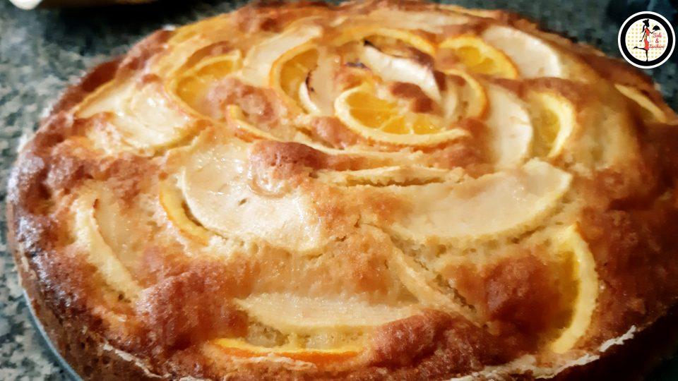 Torta soffice con mele e arance
