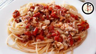 Spaghetti con il brodo del pesce