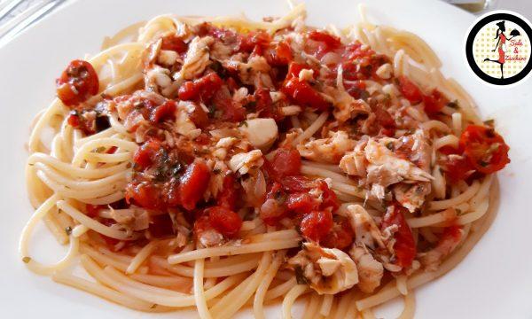 Spaghetti con il brodo del pesce – Ricetta siciliana