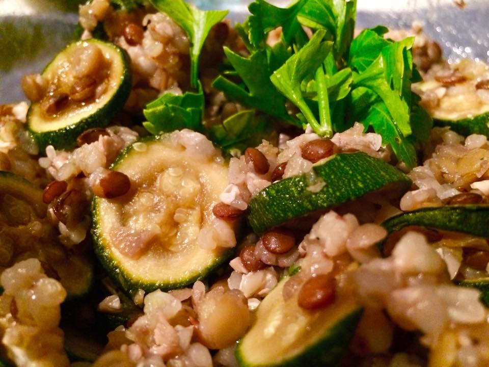 Insalata fresca di grano (270 calorie a porzione)