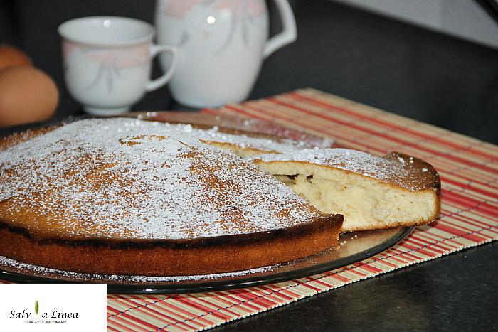 Torta al latte caldo light (170 calorie a porzione)