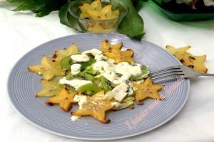 Insalata vegetariana con crema di kiwi