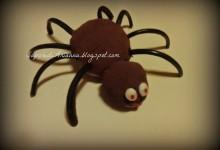 torta con ragnatela e ragno per halloween….veloce!