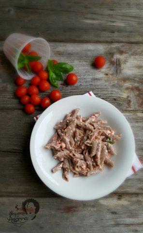 pasta con ricotta e pomodoro fresco