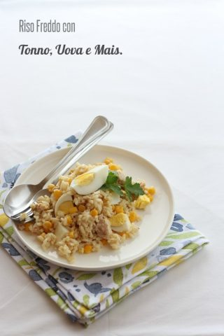 riso freddo con tonno, uova sode e mais