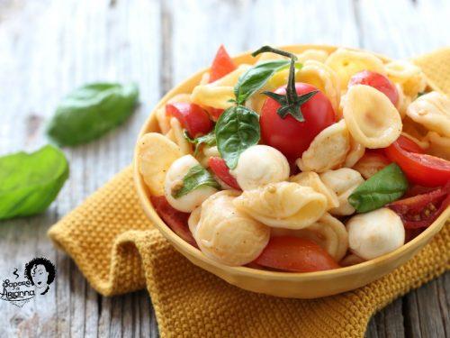 Orecchiette fredde con pomodorini e mozzarella