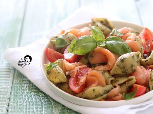 Pasta fredda al SALMONE e Pesto di basilico