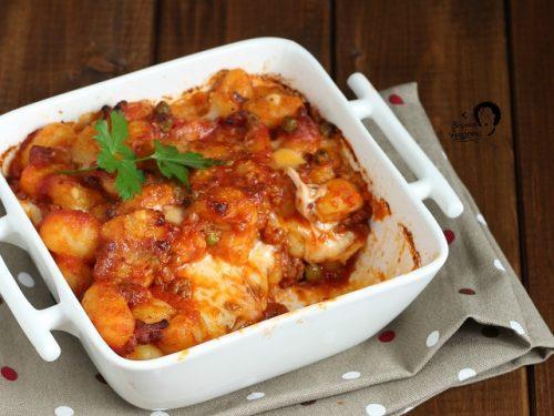 Gnocchi al Ragù Siciliano e mozzarella al forno