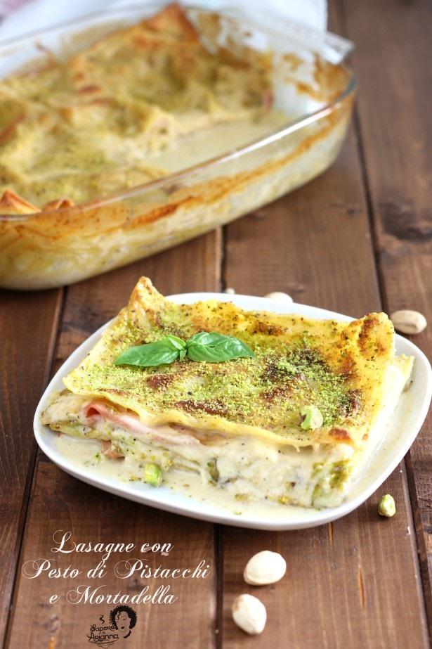 Lasagne al pesto di pistacchi e mortadella