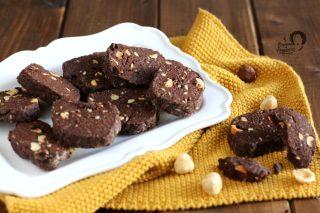 biscotti cacao e nocciole ricetta semplice