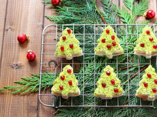 Alberelli di Natale Salmone e Pistacchio con pane tramezzini