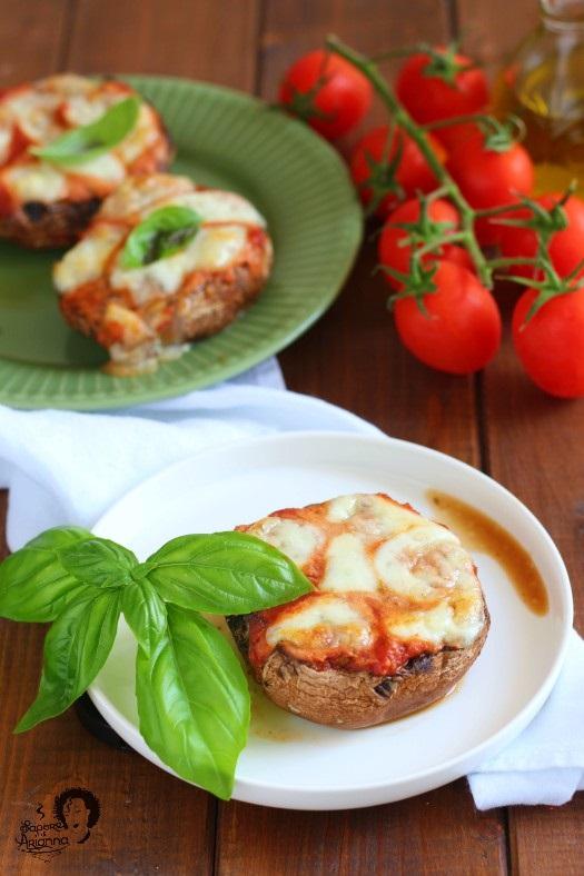 funghi portobello ripieni di carne alla pizzaiola
