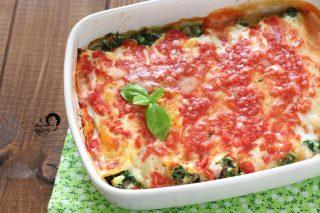 cannelloni ricotta e spinaci al sugo saporiti