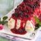 Tronchetto semifreddo sfoglia e Chantilly con frutti di bosco