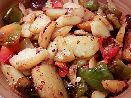 "PEPERONI E PATATE – ""pipi e patate alla calabrese"""