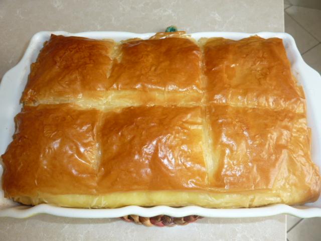 ... with filo pastry and custard | Sapori Greci e Mediterranei
