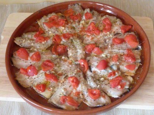 Sarde al forno con pomodorini e origano