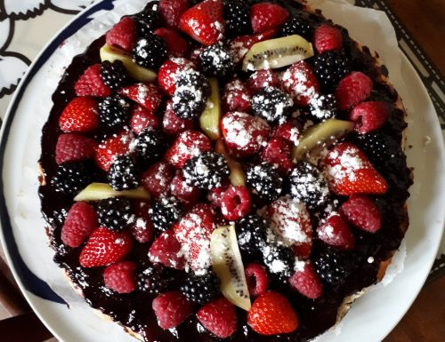 Cheesecake con lamponi fragole e more